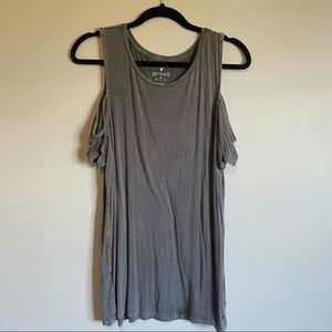 American eagle soft and sexy cold shoulder top